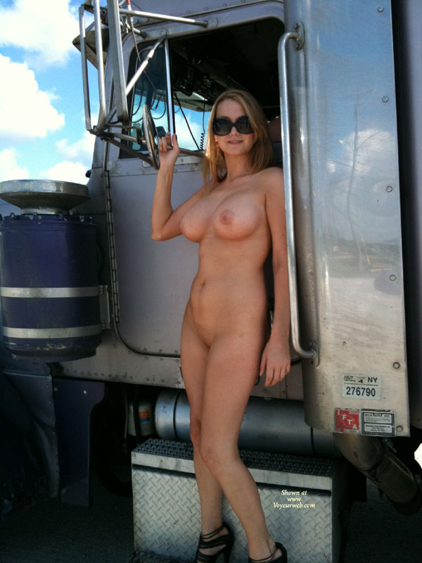 Naked girls at truck stop